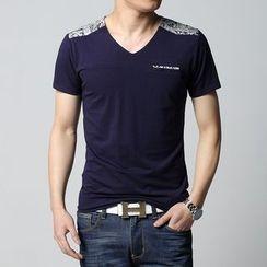 Jazz Boy - Short-Sleeve V-Neck Printed T-Shirt