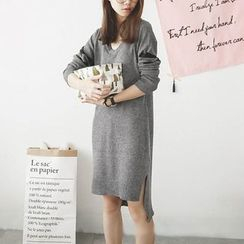 Polaris - Long-Sleeve V-Neck Knit Dress