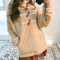 chuu - Toggle-Button Hooded Sherpa-Fleece Pullover