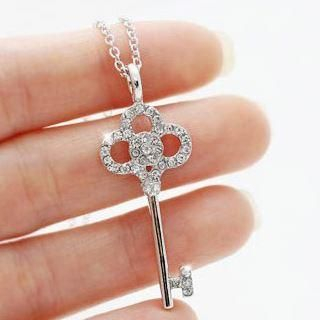 Clair Fashion - Rhinestone Key Necklace