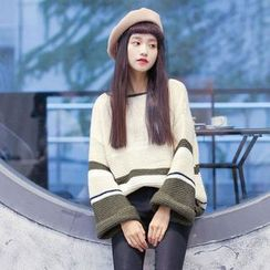 Clair Fashion - Striped Knit Top
