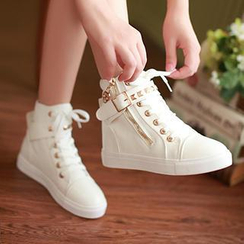 Sidewalk - Studded Belt Hidden Wedge Sneakers