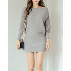 GUMZZI - Dolman-Sleeve Ribbed Knit Dress