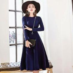 Yumerakka - Long-Sleeve Knit A-Line Midi Dress