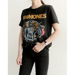 UPTOWNHOLIC - Round-Neck Printed T-Shirt