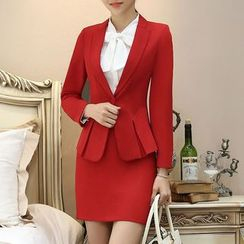 Princess Min - Set: Blazer + Blouse + Skirt