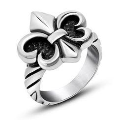 Andante - Fleur de Lis Ring