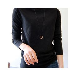 LEELIN - Crewneck Long-Sleeve T-Shirt