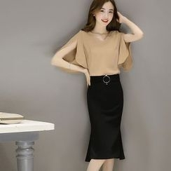 Yumerakka - Set: V-Neck Slit Elbow-Sleeve Top + Midi Skirt