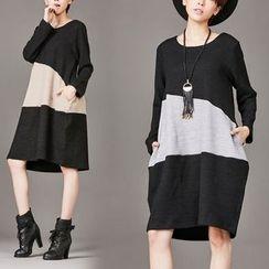 Shawale - Color Block Knit Tunic