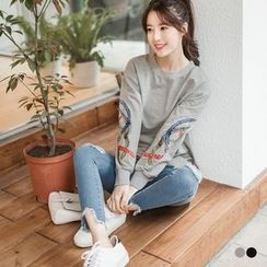 OrangeBear - Embroidered Feather Pullover
