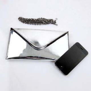 Cherryville - Metalllic Envelop Clutch