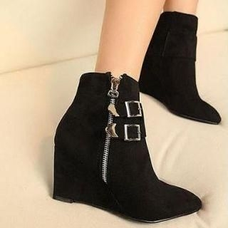 Mancienne - Point Toe Wedge Boots
