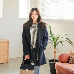 Seoul Fashion - Wide-Lapel Zip-Up Coat