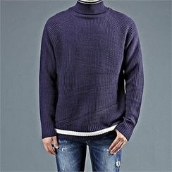 THE COVER - Turtle-Neck Contrast-Trim Sweater