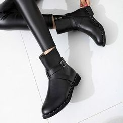 Wello - Buckled Short Boots