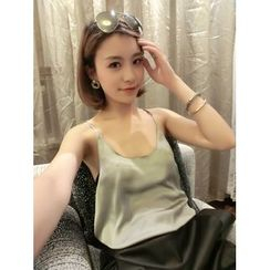 QZ Lady - Sleeveless Satin Top
