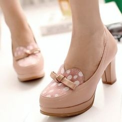 Sidewalk - Bow Pumps