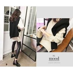 MARSHMALLOW - Turtle-Neck Long Knit Top