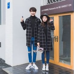 Je T'aime - Couple Matching Check Coat