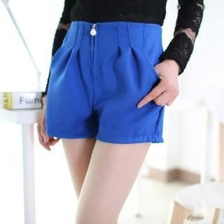 JVL - High-Waist Pleated Shorts