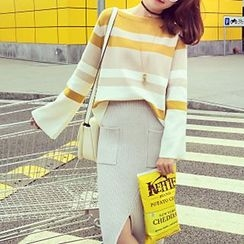 Ashlee - Set: Stripe Sweater + Knit Midi Skirt