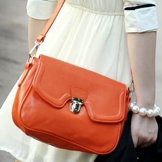 59th Street - Push-Lock  Shoulder Bag