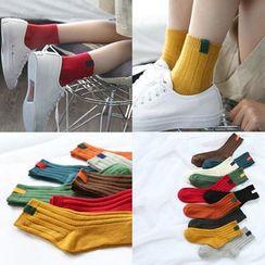 TAAK - Paneled Socks