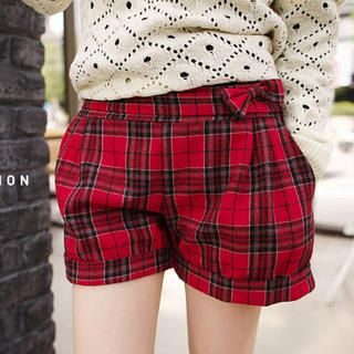 Tokyo Fashion - Bow-Accent Plaid Cuffed Shorts