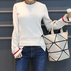 DANI LOVE - Contrast-Trim Ribbed Knit Top