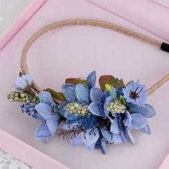 Ashmi - Bridal Set: Flower Accent Headband + Earrings + Hair Clip + Bangle