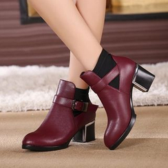 Hannah - Faux Leather Block Heel Buckled Ankle Boots