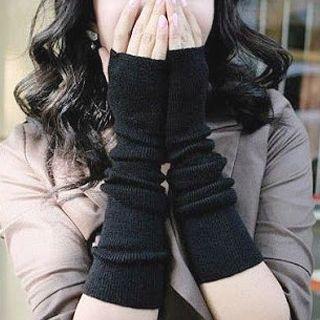 Little Flower - Fingerless Gloves