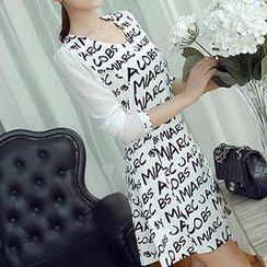 Q.C.T - Lettering Long-Sleeve Dress