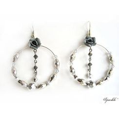 Fit-to-Kill - Grey floral crystals earrings
