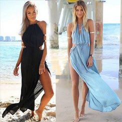 Hotprint - Cut Out Detailed Sleeveless Slit Maxi Dress