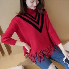 Bubbleknot - Fringe V-neck Sweater