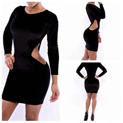 Hotprint - Cut Out Detailed 3/4 Sleeve Bodycon Dress