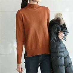 YOOM - Wool Blend Mock-Neck Sweater