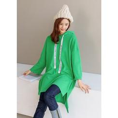 J-ANN - Hooded Lettering-Strap Pullover Dress