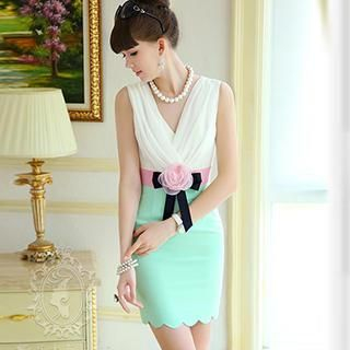 Dabuwawa - Sleeveless Color-Block Corsage Accent Dress