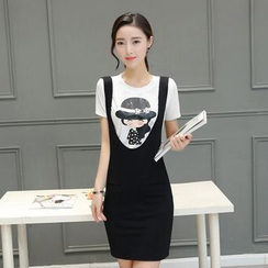 Fancy Show - Set: Short-Sleeve Printed T-Shirt + Suspender Dress