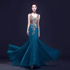 Posh Bride - Sleeveless Deep V-Neck Diamante Mermaid Evening Gown