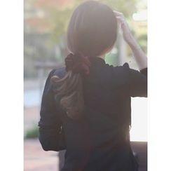 kitsch island - Velvet Hair Tie