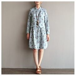 Rosadame - Floral Print Shirtdress