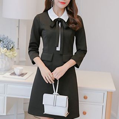 Q.C.T - 3/4-Sleeve Bow Knit Dress