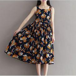 Clover Dream - Sleeveless Floral Midi Dress