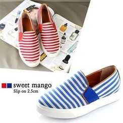 SWEET MANGO - Stripe Canvas Slip-Ons