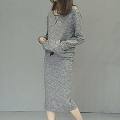 Honeydew - Set: Pullover + Skirt