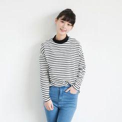 simphony - Striped Mock Neck Long-Sleeve T-Shirt